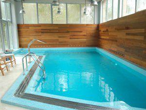 Красиво украсить бассейн-дело вкуса