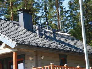 Вид крыши из металлочерепицы