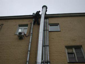 Обязательный вывод вентиляции на крышу
