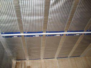 Пленочные инфракрасные нагреватели не представляют опасности даже рядом с деревянными конструкциями