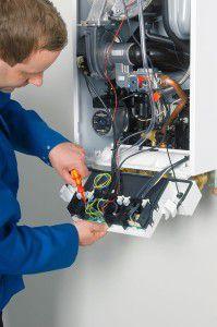 Монтировать и обслуживать отопительное оборудование на сжиженном газе разрешается только специалисту