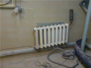 Пример установки ТЭНа в чугунный радиатор