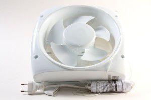 вытяжные вентиляторы бывают очень аккуратными и удобными в эксплуатации