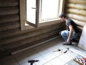 Система плинтусного отопления не допустит появления плесени на деревянных стенах