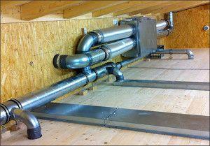 в частном доме вентиляционное оборудование обычно размещают на чердаке