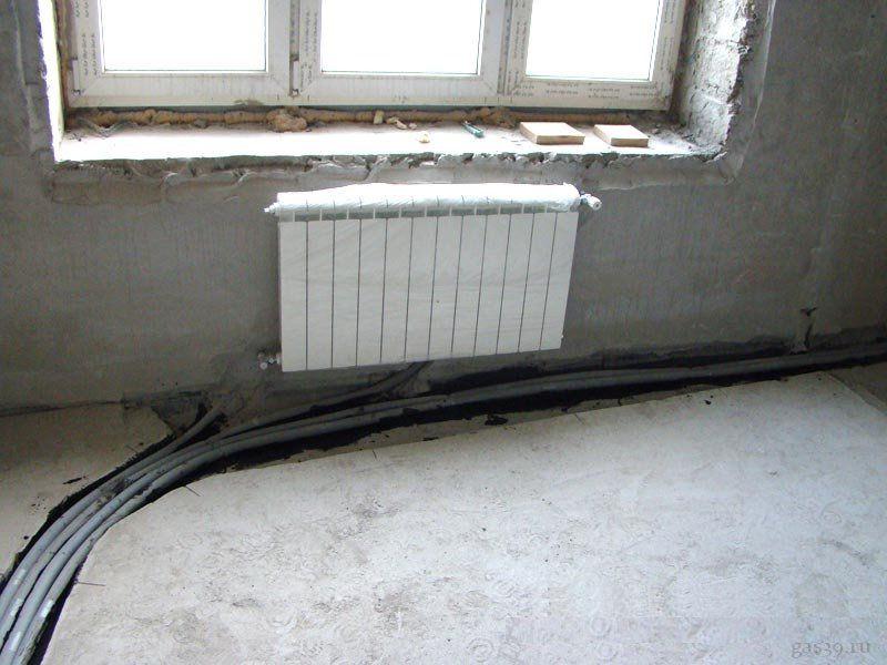 Заделка швов на потолке лоджии