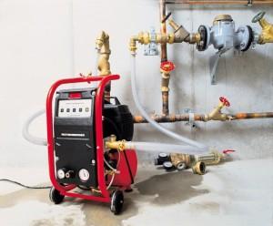 Оборудование для опрессовки и промывки отопления
