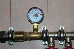 Манометр в системе отопления