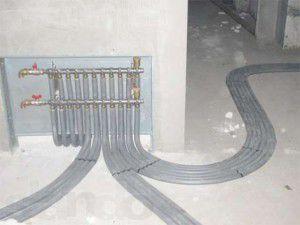 Пример скрытого монтажа коллекторного отопления