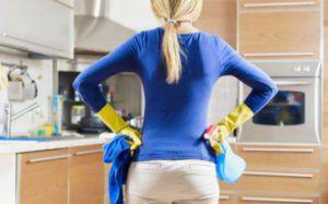 Очистка чистящими средствами