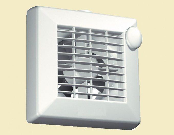 Вентилятор спрятан за решеткой