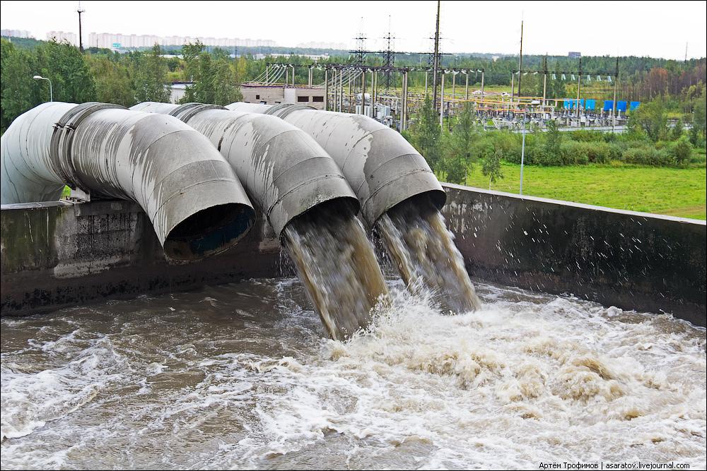 Сброс воды в канализацию