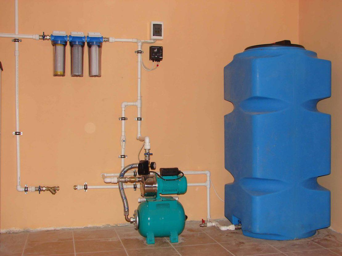 Система водоснабжения частного дома с накопительным баком