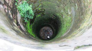 Из скважины идет грязная вода, что делать?