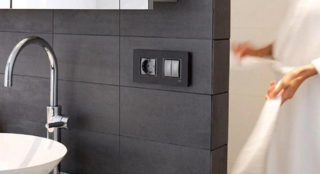 Особенности выбора и установки розеток в ванной комнате - Стройка