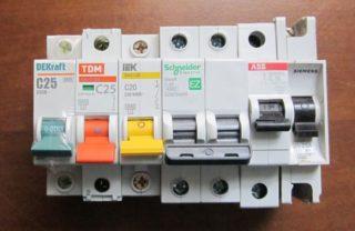 Выбор автомата по мощности нагрузки: расчет потребляемой мощности 220В и 380В