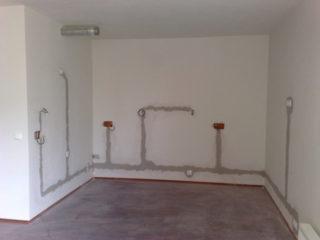 Правила прокладки электропроводки в квартире простыми словами