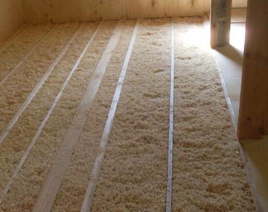 Опилки для утепления потолка