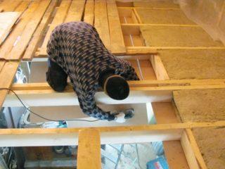 Как правильно утеплить чердак в частном доме с холодной крышей - Ремонт