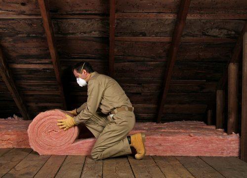 Утепление потолка в частном деревянном доме изнутри и снаружи какой материал выбрать и как утеплить