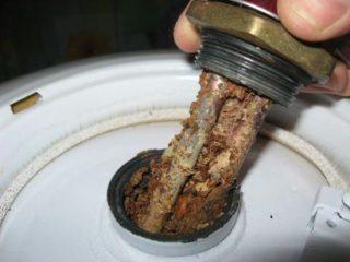Почему не нагревается вода в бойлере - Ремонт