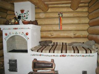Перепланировка деревенского дома с печкой